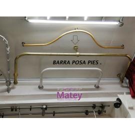 BARRA POSA PIES EN LATON.