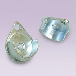 Brida para tubo de 25 mm cromada cerrada tipo rombo
